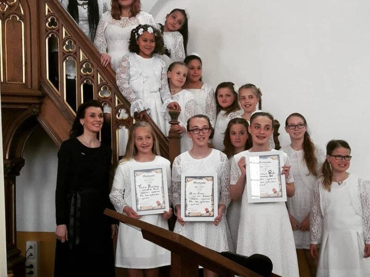 Diploma's bij slotconcert Geke's Tiental